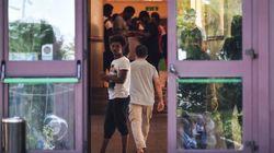 Papa Francesco manda i gelati ai migranti ospitati a Rocca di