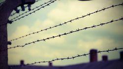 Ricordiamo i bambini di Auschwitz con i disegni del Blocco