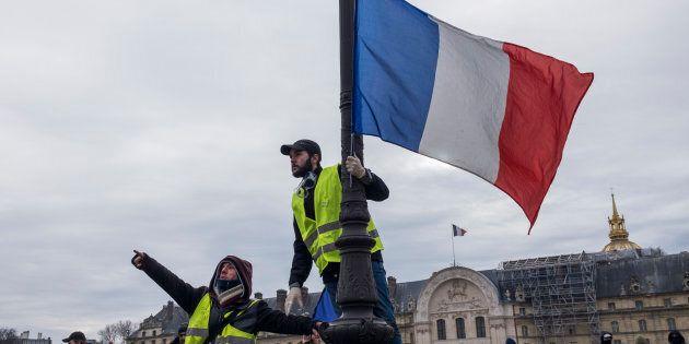 Dal giallo al nero: perché i Gilet francesi sono diventati i migliori alleati della