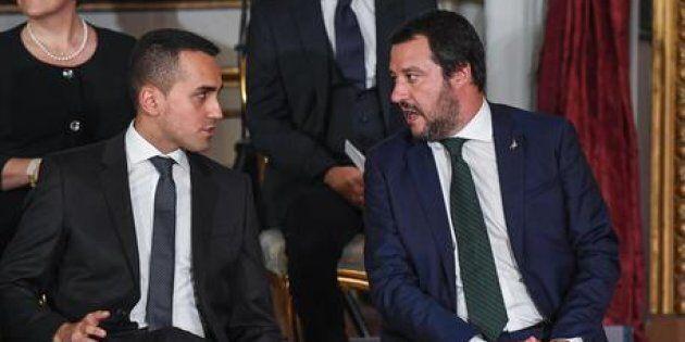L'Italia è in recessione, ma Di Maio e Salvini litigano coi numeri di Bankitalia e