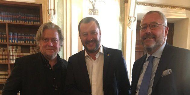 Salvini vede Bannon e Modrikamen e aderisce a The