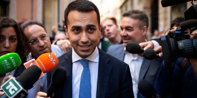 Luigi Di Maio a testa bassa contro Matteo Salvini: