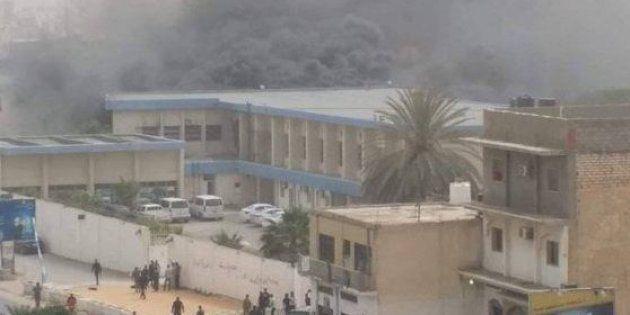 Attacco kamikaze contro la sede dell'Alta Commissione elettorale a Tripoli: 11