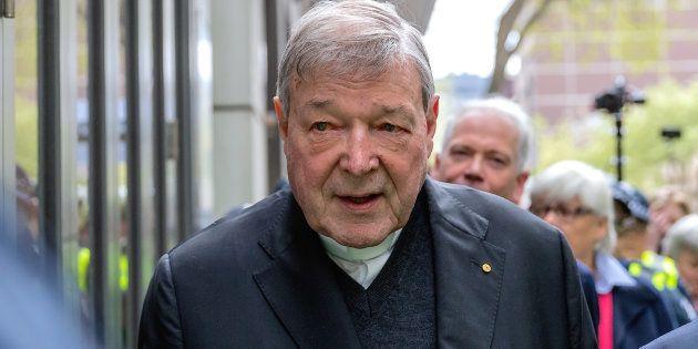 Ipotesi dimissioni per il cardinale Pell, imputato in due processi per abusi