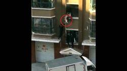 Neonato cade dal terzo piano: il lattaio-eroe lo prende al