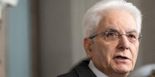 Sergio Mattarella svolgerà nuove consultazioni in un giorno solo lunedì 7 maggio. Il centrodestra andrà