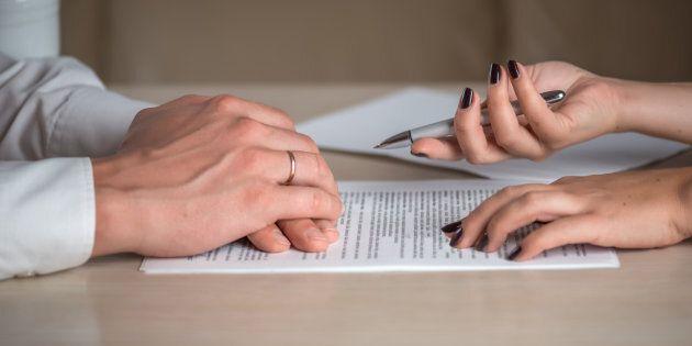 Cosa prevede la proposta di legge della Lega sull'affido dei figli che cancella l'assegno di mantenimento...