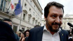 Fermati a Ventimiglia 34 migranti della Diciotti. Salvini ancora contro i magistrati: