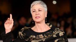 Ottavia Piccolo bloccata al Lido di Venezia perché indossava un fazzoletto