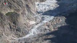 Troppo caldo sulle Alpi, un'enorme massa di ghiaccio si stacca dal Monte