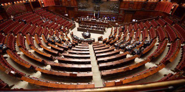 Transparency international promuove l'Italia: bene le misure contro la corruzione