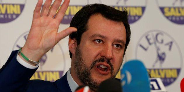 Salvini propone un