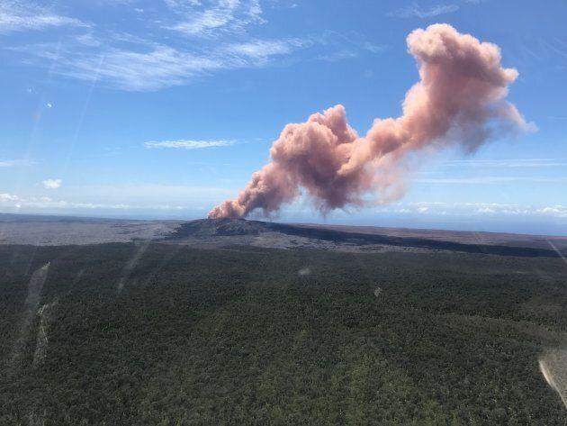 Terremoto di magnitudo 6.9 ad Hawaii Island, erutta il vulcano Kilauea. Centinaia di