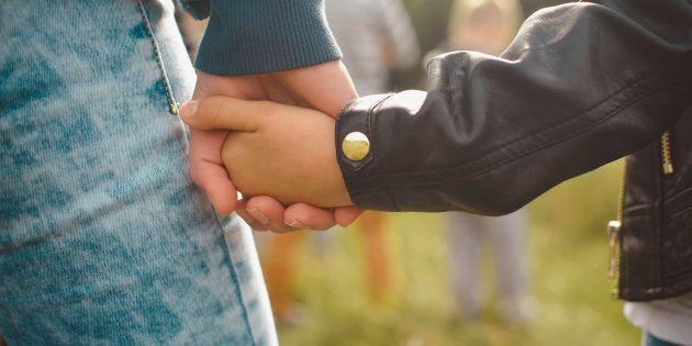 Ancora violenze a Cardito: picchiata dal marito, scappa con le