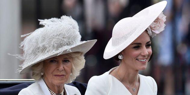 """Camilla: """"Kate è carina, ma le sue umili origini non si addicono alla Royal"""