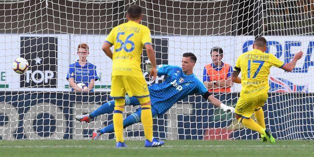 La procura Figc chiede una penalizzazione di 15 punti per il Chievo e l'inibizione di Campedelli per...