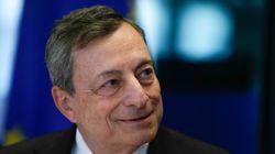 Non ci sarà ombrello Bce sul debito. Draghi all'Italia: