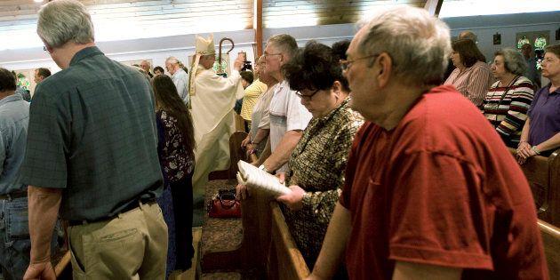 Colpo di scena in Vaticano: sotto accusa per abusi sessuali un vescovo al vertice della ricchissima Papal