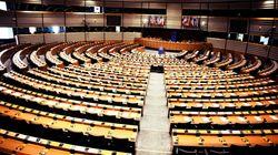 Agguato ai 5 stelle all'Europarlamento: al voto emendamento contro i piccoli gruppi, ma l'aula lo boccia (di A.