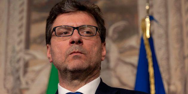 Giancarlo Giorgetti in pressing su Silvio. Forza Italia dice ancora