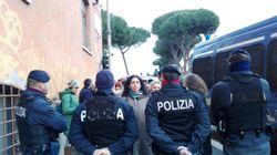 Parla Pillon a Roma del suo ddl, le donne protestano e vengono spintonate (di L.