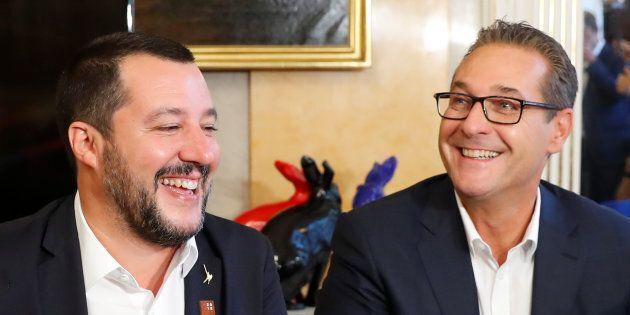 Dopo il voto su Orban, Salvini insiste con le sue diplomazie parallele: a Vienna dall'amico