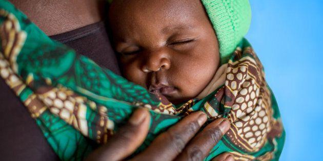Ci sono motivi per i quali un neonato muore ma non c'è ragione. L'Unicef lancia la campagna