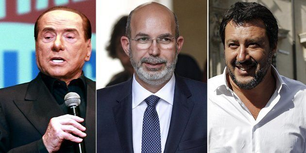 Il sottosegretario all'Editoria Vito Crimi lascia Palazzo Chigi al termine del giuramento dei neo sottosegretari,...