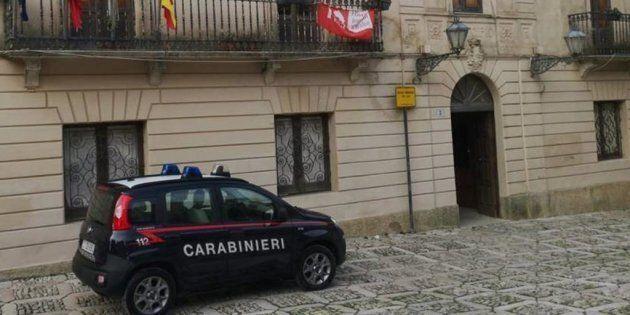 Salvatore Angelo Catalano arrestato. Il vicesindaco di Erice è accusato di corruzione e abuso