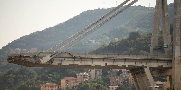 Ponte Morandi, la guardia di finanza presenta ai pm una black list con 60