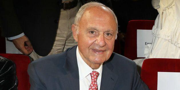 Dubbi giuridici su Paolo Savona alla