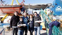 Una famiglia siciliana ha portato dolci tipici a bordo della Sea Watch: