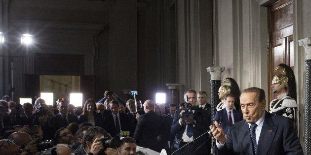 Silvio Berlusconi: Il prezzo della resa per il via libera a un governo