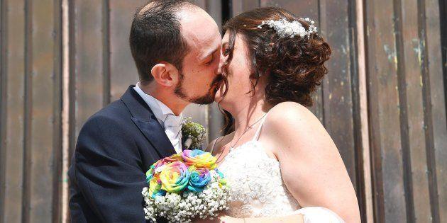 Il sì di Andrea e Daniela, sfollati di Genova: