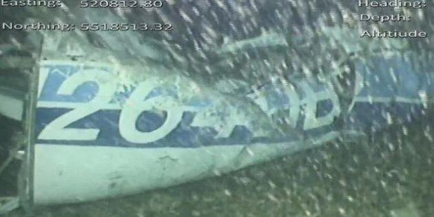 Avvistato un corpo nel relitto dell'aereo di Emiliano