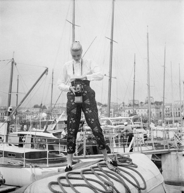 1955: Grace Kelly a Cannes, lì dove incontrò il principe Ranieri di Monaco, suo futuro marito. (Photo...
