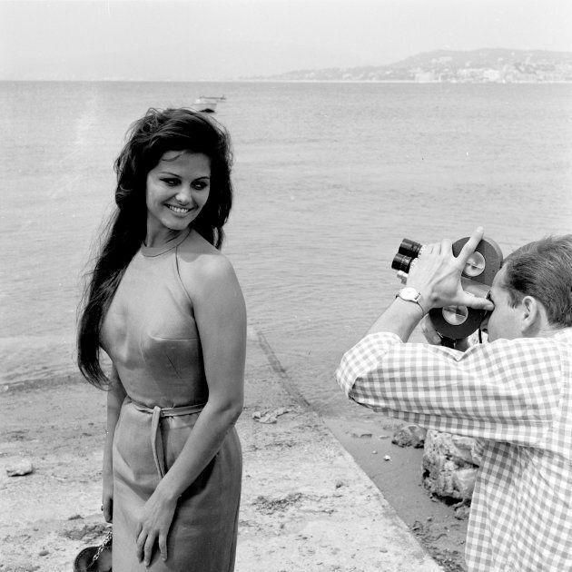 Claudia Cardinale a Cannes nel 1961 (Photo by Daniel Fallot/INA via Getty