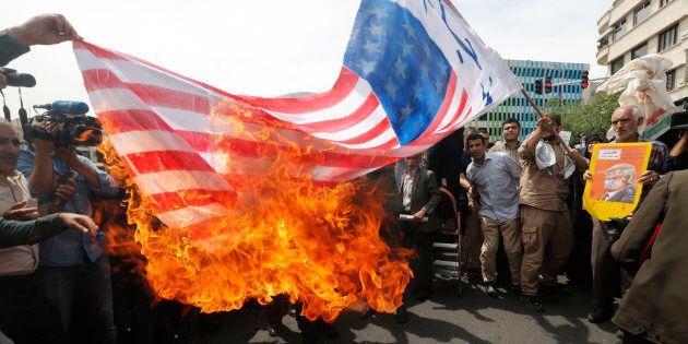 L'Iran minaccia: