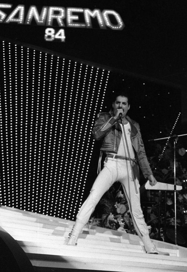 Quella volta che i Queen andarono davvero a Sanremo (e Freddie fece una figuraccia, non per colpa