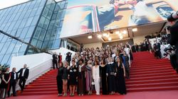 Sul red carpet di Cannes sfilano 82 donne per chiedere pari