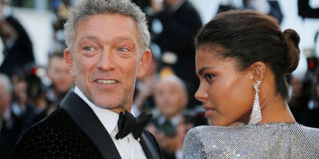 Vincent Cassel e la sua compagna Tina Kunakey illuminano il red carpet di