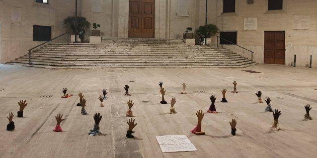 Protesta contro Matteo Salvini a Pescara, accolto dalle