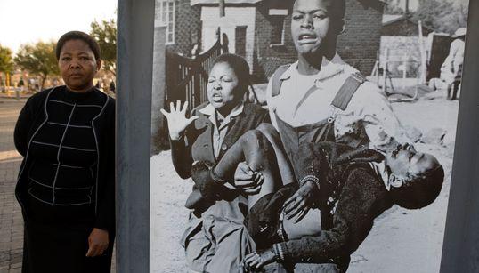 Addio a Sam Nzima, il fotografo che immortalò l'orrore dell'apartheid in