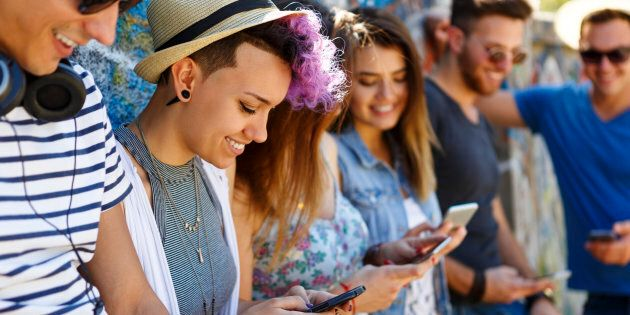 In Italia dai 14 anni puoi usare i social
