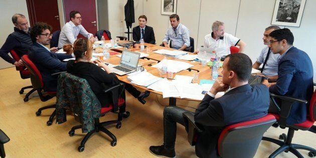 M5S e Lega, si riparte. Tavolo tecnico al lavoro. Salvini contro l'Ue: