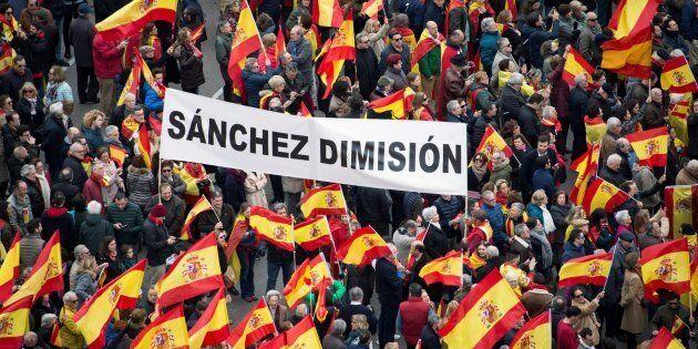Manifestazione contro Pedro