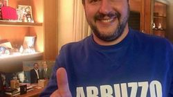 Salvini indossa la felpa per celebrare la vittoria in