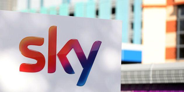 Comcast offre nell'asta per Sky 17,28 sterline per