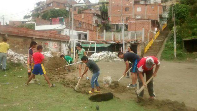 Yenny e Andres e la rinascita di Comuna 13, favela colombiana di Escobar: