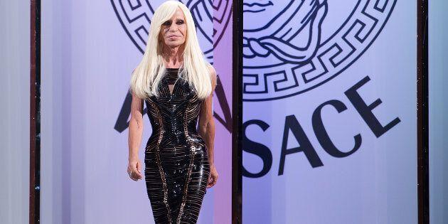Versace a Michael Kors per 2 miliardi, è fatta. La famiglia